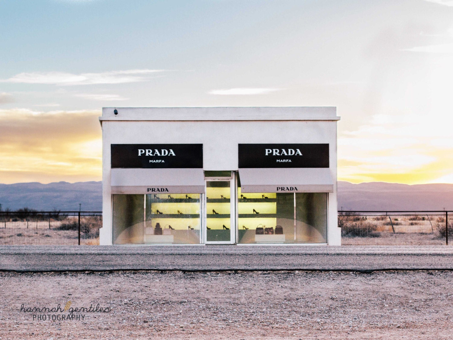 prada marfa photo print by observationfullnfelt on etsy. Black Bedroom Furniture Sets. Home Design Ideas