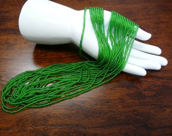 Vintage Czech Emerald Green Glass Seed Beads