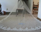 Embroider wedding veil catheral length with lace