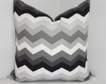 OVERSTOCK OUTDOOR Pillow Set Bright Colorful Waverly Chevron Black White Grey Pillow Cover 18X18