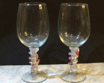 Set of 2 Pink and White Beaded Wine Glasses