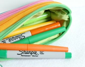 Back to school, Colorful pencil case, Zipper pencil case, Cute pencil case, Cute zipper pouch, Kids pencil case, Small pencil case, green