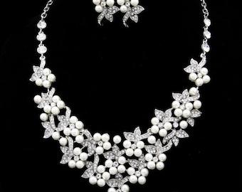 SALE 15% OFF Swarvoski bridal crystal pearl necklace bracelet earring set
