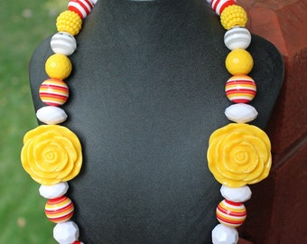 Chunky Necklace with Acrylic Yellow Roses