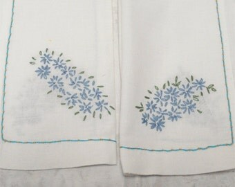 17x12 Embroidered Forget Me Not Pair