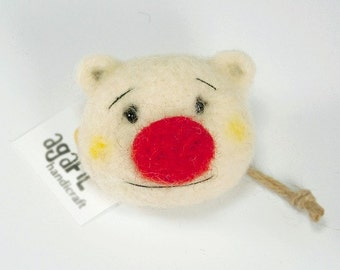 Tymbo.Teddy bear brooch.