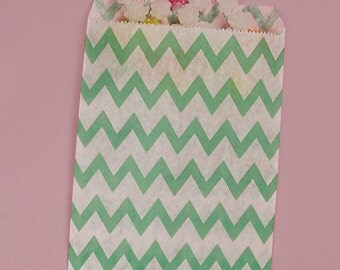 "25ct. Teal Green & White ZIG ZAG CHEVRON 5-1/8""w x 6-3/8h"" Printed Paper Treat Goodie Bags Baggies Candies Popcorn Cookies"