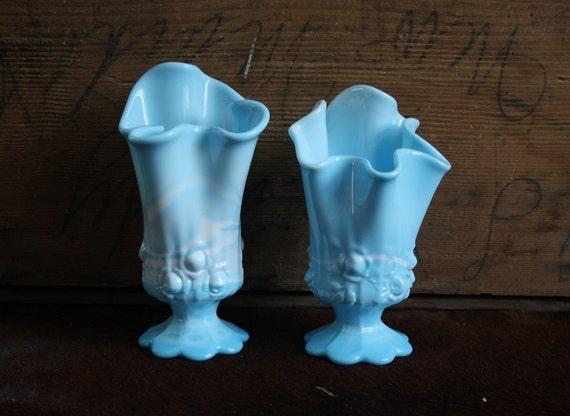 SALE Pair of Vintage Fenton Rose Blue/White Marble Handkerchief Vases