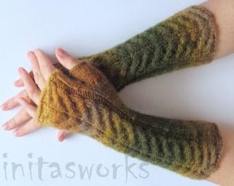Fingerless Gloves Green Moss Beige Brown wrist warmers