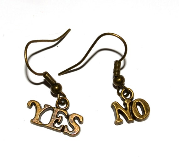 Word Earrings, Quirky Jewelry, Yes No Earrings, Message Earrings, Yes No, Odd Earrings, Dangle Earrings, Funny Earrings, Retro Charms