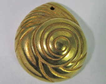 4 Vintage 32mm Gold Plated Coiled Shell Pendant Pd675