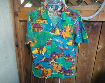 Paul Howard California 100 % cotton Aloha style Man's shirt size M