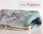 Purse sewing pattern and tutorial for beginners - PDF download - fabric clutch handbag - Risa