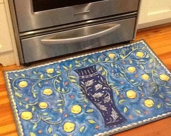Blue and white vase floorcloth 2 x 3 rug
