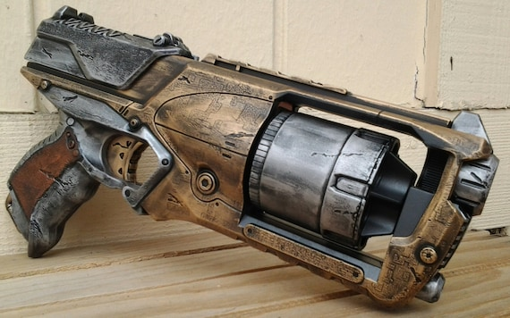 So I'm turning my Nerf strongarm into a steampunk gun and I want to repaint  it something like this: ...