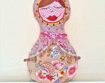 Russian Nesting Doll Decorative Pillow Madame Pimpinellskova Matryoshka Europe gift Farbenmix