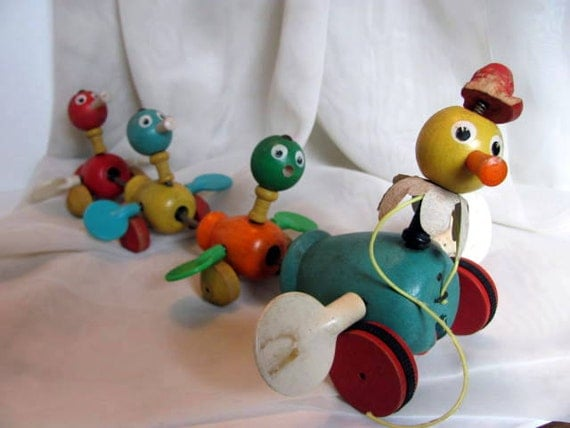 Fisher Price Wooden Duck Pull Toy Mama Duck And Baby Ducks