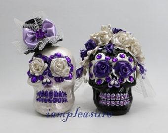 Skull black & white weddings cake topper handmade Crown of rose bride and groom