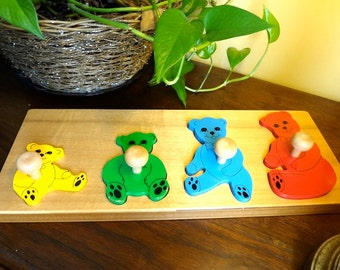 Vintage Wooden Lotto Puzzle with Four Bear Pieces for Younger Children - REDUCED
