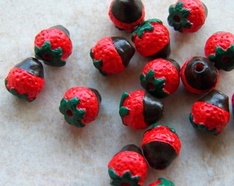 Strawberry Bead - 10mm Small Ceramic Chocolate Dipped Strawberry Fruit Handcrafted Pendant - Bead, 1 PC (INDOC45)