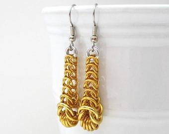 Gold box chain chainmail earrings, graduated box chains