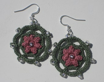 Crochet Lacy Circular Earrings-  flower motif surrounded by lacy edging with glass beads