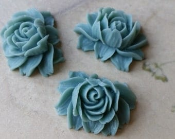 25 x 20 mm Grey Resin Flower Cabochons  (.ng) (zzb)