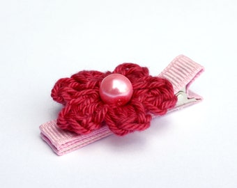 Crochet Flower Alligator Hair Clip in Pomegranate