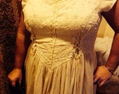 Corset Wench dress cream size 9-12