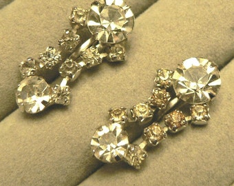 vintage jewels ...  Stunning SILVER RHINESTONE diamond Drop PASTE stones screw back Earrings ...