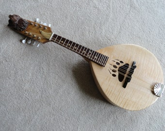 The Grizzly MA1 mandolin