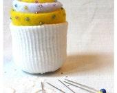 CUPCAKE FELT PINCUSHION with beads