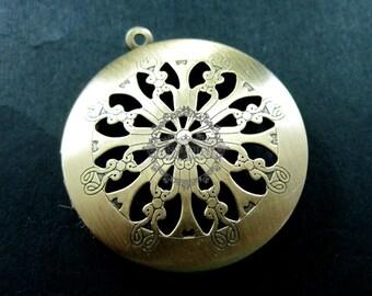 5pcs 33MM vintage victorian brass bronze round locket,locket pendant,photolocket,photo locket1111023
