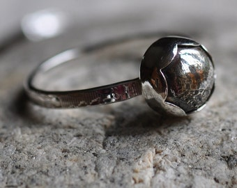 Sterling silver hand forged scallop bud ring