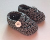 Crochet Shoes Baby Booties NEWBORN 0-3 3-6 Month Infant Grey Knit Shoes Gender Neutral Unisex Boy Girl Baby Shower Gift Idea Accessories
