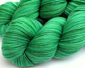"""May Birthstone Yarn, Kettle Dyed Superwash Merino, Cashmere and Nylon Fingering Weight, in """"Emerald"""""""
