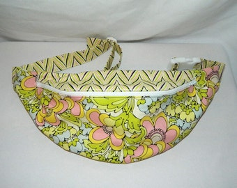 Fanny Pack - Hip Bag - Women and Teen Girls Hip Pouch - Retro Shabby Chic