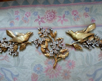 SALE Vintage Syroco 3 Piece Wall Hanging Grouping Floral Dogwood Spray and Doves Gold and White