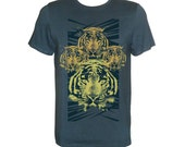 Green emerald tshirt wich yellow psychedelic tigers