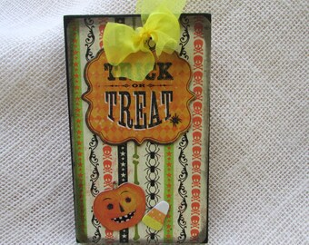 Halloween OOAK Ornament / Trick or Treat  Wood Tree Ornament / Halloween Decor