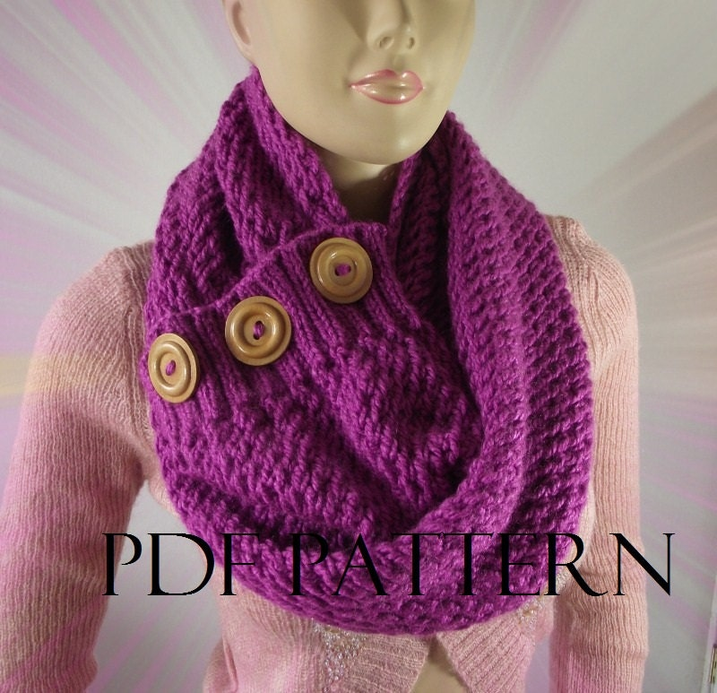 Knitting Pattern Twisted Scarf : KNITTING PATTERN SCARF Chunky knit scarf pdf pattern - LouLou kiss Scarf Cowl...