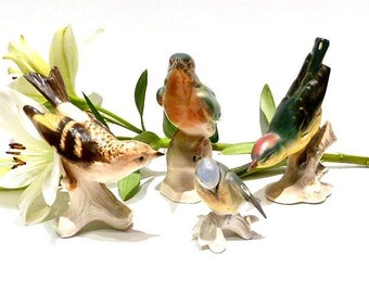 Birds Figurines in porcelain .Karl Ens.Goeble .Instant collection .Bird Collection .