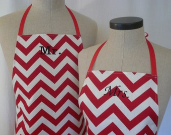 Red Chevron Mr & Mrs Apron Set with Pocket FREE SHIPPING - Husband and Wife, Red and White ZigZag Stripe, Wedding Shower Gift Idea