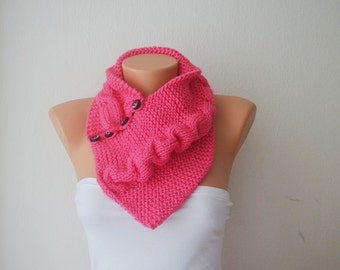 SCARF Pink neckwarmers with button,Chunky Scarf ,scarves,fall fashion,winter accessories,autumn,Knitting