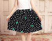 Wavy 80s vintage Polka Dots Skirt – Light & Fluffy