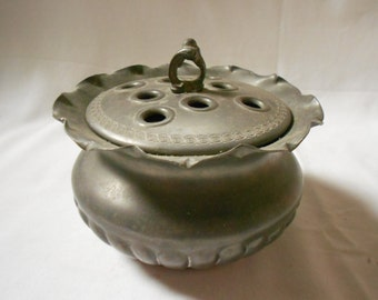French Vintage Pewter Flower Pick Bowl (A836)