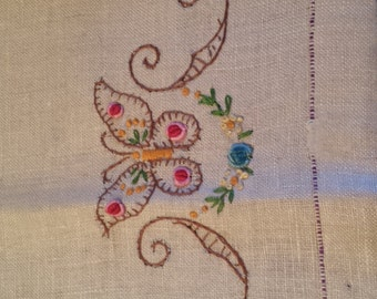 Vintage Embroidered Beige Cloth with Buttlerflies