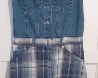 Vintage Plaid & Blue denim dress//denim jean dress//flannel dress size MEDIUM jumper/mini dress/short dress womens