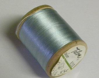 Vintage Talon  Pure Silk Hand Sewing Embroidery Thread 100 Yd. Wooden spool Shade 650 Beautiful Turquoise Color