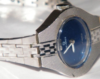 Vintage Ladies Helbros Swiss Blue Dial 17 Jewels Silver Tone Watch